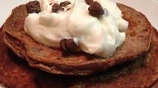 chocolate-protein-pancakes