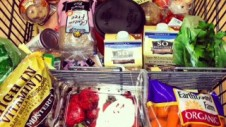 clean-eating-grocery-cart